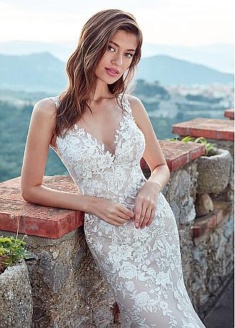 Romantic Tulle Spaghatti Straps Neckline Mermaid Wedding Dress With Sequins  Lace Appliques