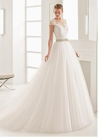 Glamorous Tulle Jewel Neckline A-Line Wedding Dress With Lace Appliques & Beading