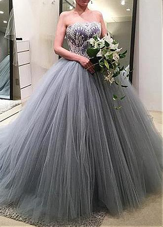 Exquisite Tulle Strapless Neckline Ball Gown Wedding Dress With Lace Appliques & Beadings