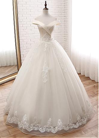 DelicateTulle Off-the-shoulder Neckline Ball Gown Wedding Dress With Beaded Lace Appliques