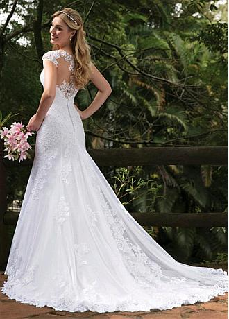 Modest Tulle V-neck Neckline Mermaid Wedding Dresses With Lace Appliques & Beadings
