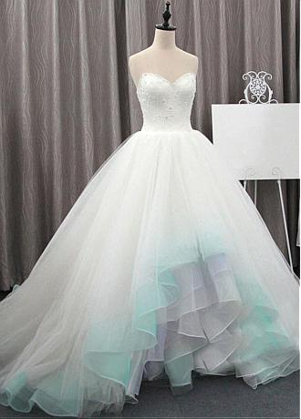 Fashionable Tulle & Organza Sweetheart Neckline Ball Gown Wedding Dresses With Beadings & 3D Flowers