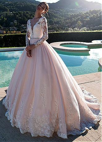 Luxury Tulle V-neck Neckline A-line Wedding Dresses With Beadings & Lace Appliques