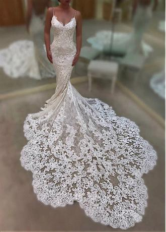 Glamorous Tulle Spaghetti Straps Neckline Mermaid Wedding Dresses With Lace Appliques