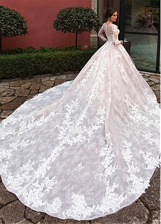 Splendid Tulle Jewel Neckline Ball Gown Wedding Dresses With Beadings & Lace Appliques