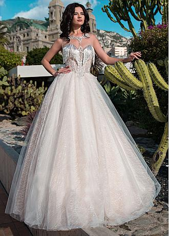Brilliant Tulle Jewel Neckline Ball Gown Wedding Dresses With Beaded Chains & Embroidery